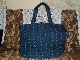 モニプリの手提げバッグ